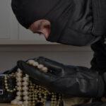 Что делать и как защититься, если вас обвиняют в краже, которую не совершали?
